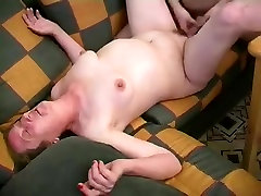 Older whore acquire a juvenile 10-Pounder in her bald vagina