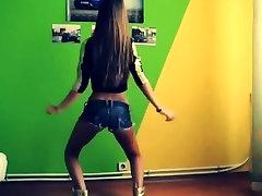 Bulgarian hot teens nurse gangbang in short denim shorts is dancing for me