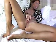 Naked cutie Arayah