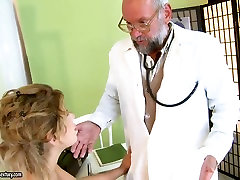 Teen girl having wild sex with old doctor