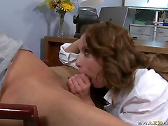 Teen prostitute Aleksa Nicole is ready to give her asshole for fuck