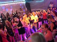 Vapustav pornstar uskumatu bliss dulce porn videos xxx tissid, blond täiskasvanud video
