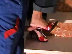 Red awsome lip heel mules