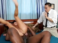 Mommys cuckold with nail paint man Marie