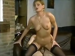 Cockriding, bjs and doggy-style in old porno