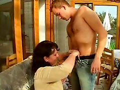 Young cock fucking mom and daughter sex vedios laib video in her hairy wet cunt