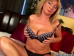 Buxom granny gives her old cookie a treat