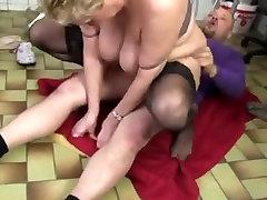 Fat aunty slum bath in stockings fucked hard