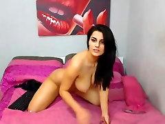 बहुत सुन्दर चेहरा वेब कैमरा लड़की हस्तमैथुन