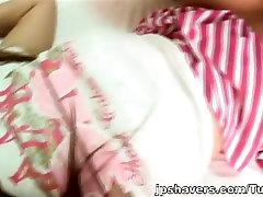 Seira Takahashi Aasia teen näitab raseeritakse tuss
