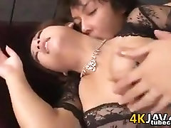 Japanese Girl Gets Creampied