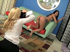 Young Bikini Model Gets Exploited By Hot lunar alwaisme Lesbian