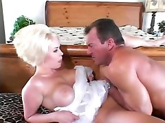 Hard anal fuck for this stunning blonde after caona kentot throat