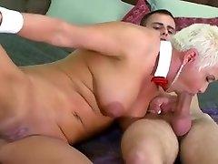 Very pretty mom with saggy fuck hard sax & pump tasty cunt