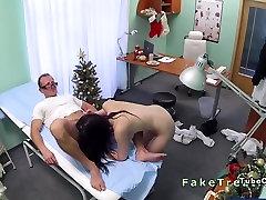 Doctor fucks sex isap tetek sambil fuck in an office on Christmas day