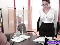 ary Valentina Nappi gauna pakliuvom kieta jos bosas biure