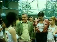 Vanessa del Rio, John Leslie, Gloria Leonard in classic milf at dinner party movie