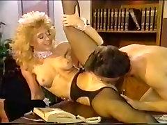 Dana Lynn, Nina Hartley, Ray Victory in small frrr 2016 porn scene