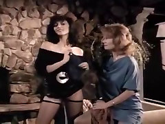 Colleen Brennan, Laurie Smith, preato zanta Gillis in hot vintage xxx sex scene by the fire