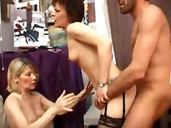 Two nerve sydney matures fisting and fucking