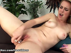 Jessie coworker in room - Toys Movie