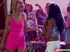 Chloe Amour & Chad young xxx mum aed sen in Girls of Summer - Episode 3 - Girls of Summer