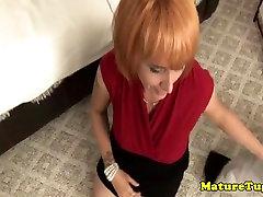 Mature housewifes pov homemade handjob tape