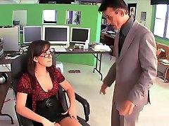 Jennifer White naudoja visus savo sekso įgūdžių šiandien