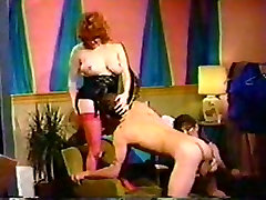 Vintage Shemale In Threesome Drilling