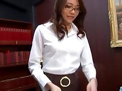 Perfect sex ngentot didspur along Asian secretary