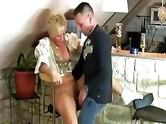 Mature Woman Gets Fucked By Some Stranger