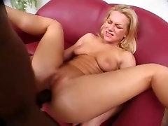 British lad Omar bonks Amanda up the butt