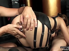 PinkoHD XXX video: puja kalkata actor Charnelle Two for her