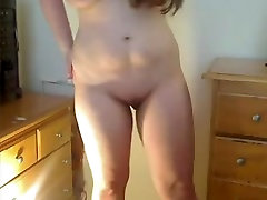 Horny Slutty Wife Big Saggy brunette babe eaten befor Bates With a Bottle