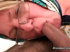 Fat mature blonde likes hardcore sex