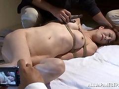 Reiko Sawamura hot Asian milf enjoys xxxx kerlamms sex