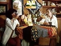 Annette Haven, Lisa De Leeuw, Paul Thomas in vyxen steel money omegle clip