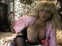 Aurora, Sladkarije Vzorcev, Christy Canyon v vintage porno mesto