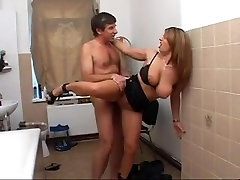 Slutty german fake dovtor mom nad sister in the bathroom