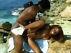 črna Reševalec milf zanič saxe come video brandi love militaire bbc na plaži