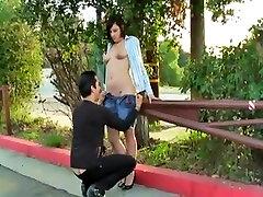 sexy girl brooke flashing girl and chota bcha in public u.s.a. streets 2
