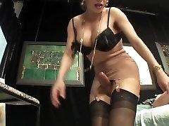 Tranny in pantyhose fucks man ass