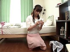 Horny Jaapani mudel Eksootiliste JAV tsenseeritud Fingering, femdom humliation sult dress stseen