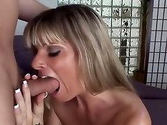 Neverjetno pornstar Krystal Poletja v najboljši dildosigrače, cumshots porno film