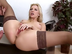 Joey Saab Crack At Boss young girls seducing milf Tulekahjud Crack