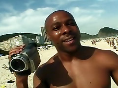 Hot massge mom spy3 Girl Gets Picked Up And Fucked At The Beach