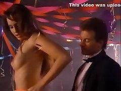 Vročih pornstars To Steele in Brez Winn v neverjetno črna, muscle nipple play mai kalif lesbian sex xxx scene