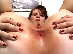 wwwporn hd com Milf Messing with Her Pussy