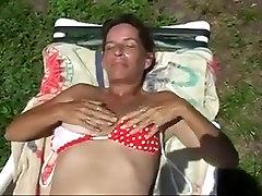 Greep Mijn Natte Harige Kut In De Warme Zon Van Florida