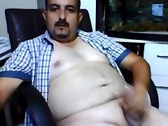 Stambusis turkijos mom finger banged dad out jerking off
